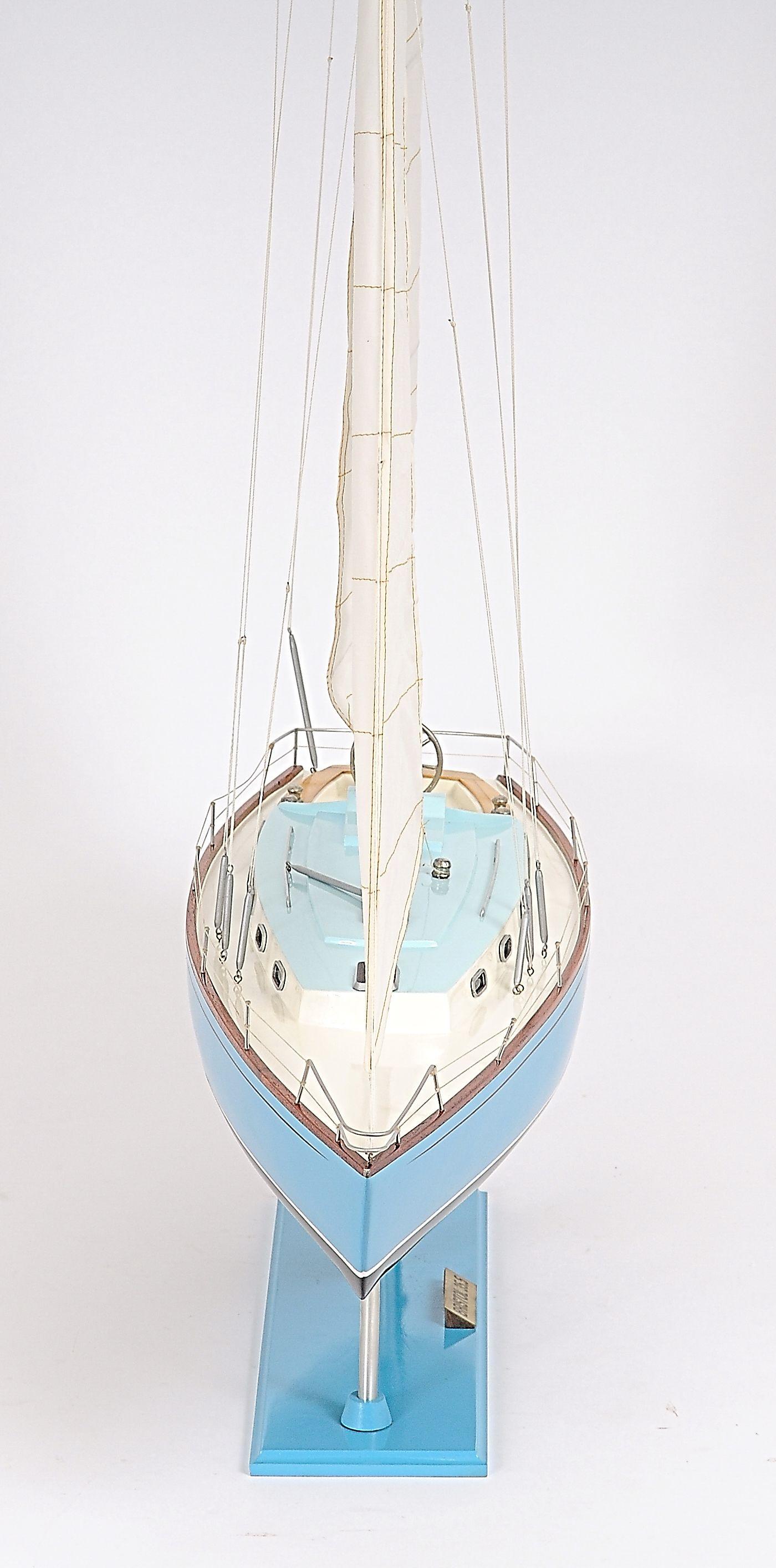 2280-13042-Bristol-35.5-Ship-Model