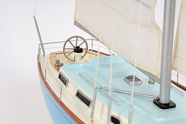 2280-13047-Bristol-35.5-Ship-Model
