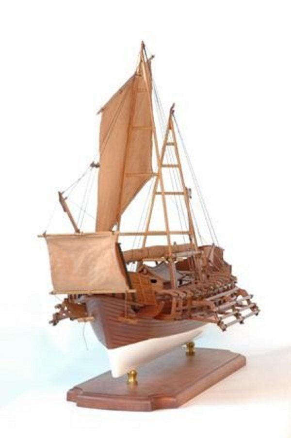 229-6980-Borobudur-model-ship-Premier-Range