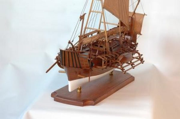 229-6982-Borobudur-model-ship-Premier-Range