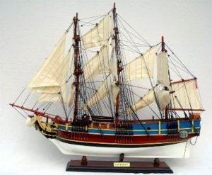 2383-HMS-Bounty-model-ship-Standard-Range