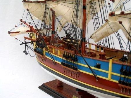 2389-HMS-Bounty-model-ship-Standard-Range