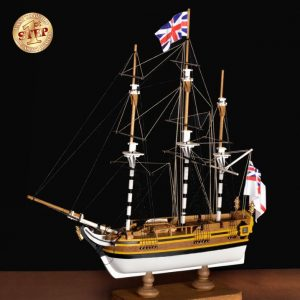 HMS Bounty Model Boat Kit Scale 1 to 135 - Amati (600/04)