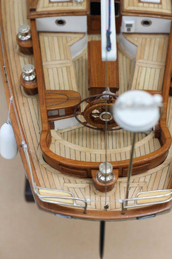 2532-14387-70ft-Hoeck-Design-Model-Sailing-Boat-Superior-Range