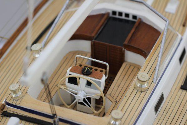 2541-14438-Halberg-Rassy-42-Model-Sailing-Boat-Superior-Range
