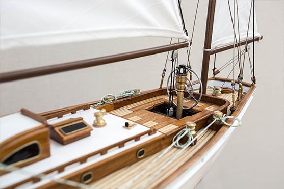 2551-14499-Manitou-Wooden-Model-Yacht-Superior-Range