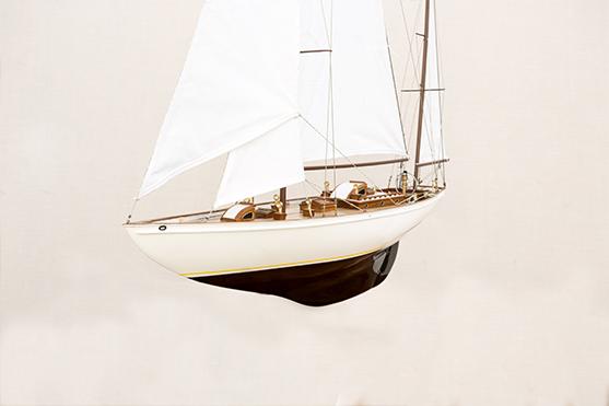 2551-14501-Manitou-Wooden-Model-Yacht-Superior-Range