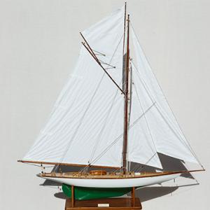 2552-14505-Mariquita-Model-Yacht-Superior-Range