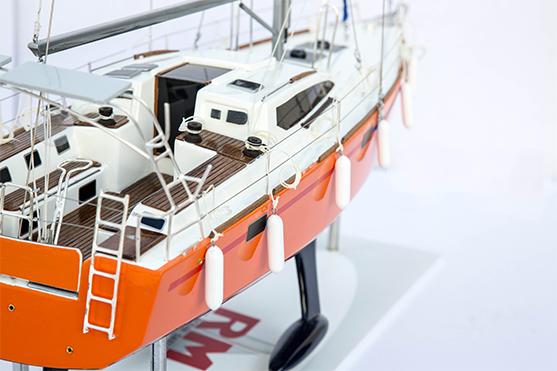 2559-14544-RM-1200-Model-Sailing-Yacht-Superior-Range