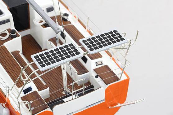 2559-14545-RM-1200-Model-Sailing-Yacht-Superior-Range