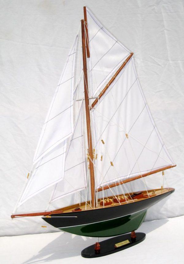 2563-14577-Pen-Duick-Model-Ship