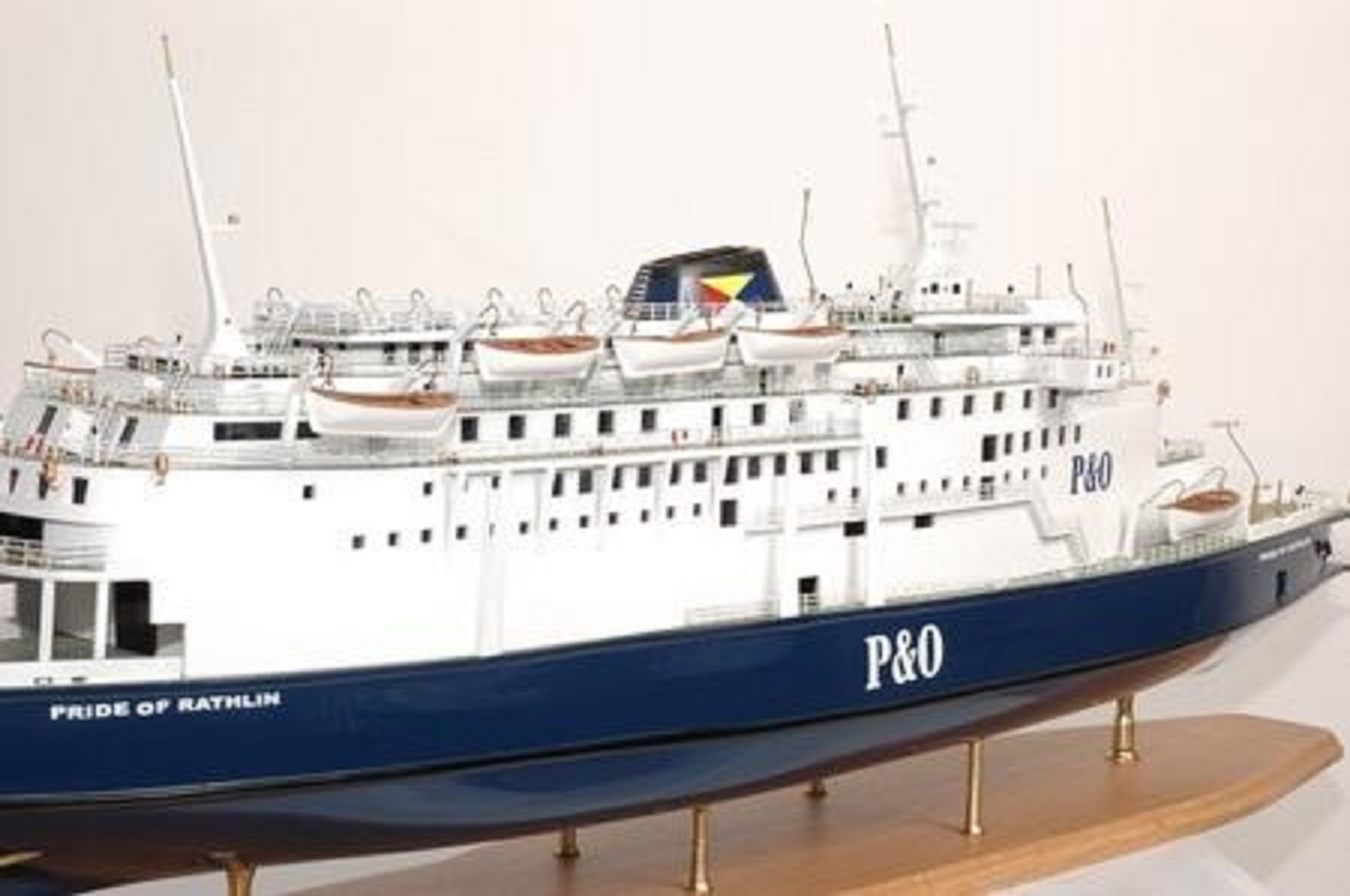 293-7549-P-O-model-ships-Pride-Aisla-and-Rathlin-Premier-Range