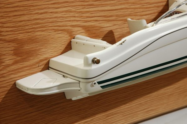 339-5983-Sea-Ray-225-Weekender-2001-half-model