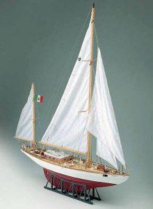 402-8016-Yawl-Corsaro-II-Model-Boat-Kit