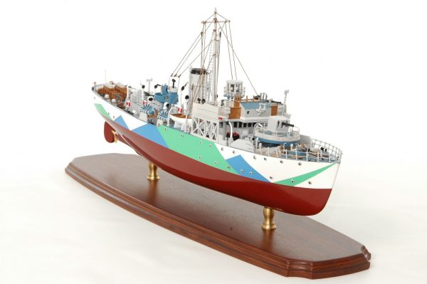 473-8717-Montbretia-Model-War-Ship