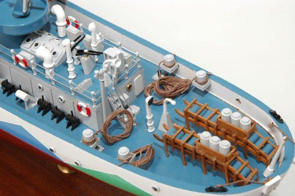 473-8719-Montbretia-Model-War-Ship