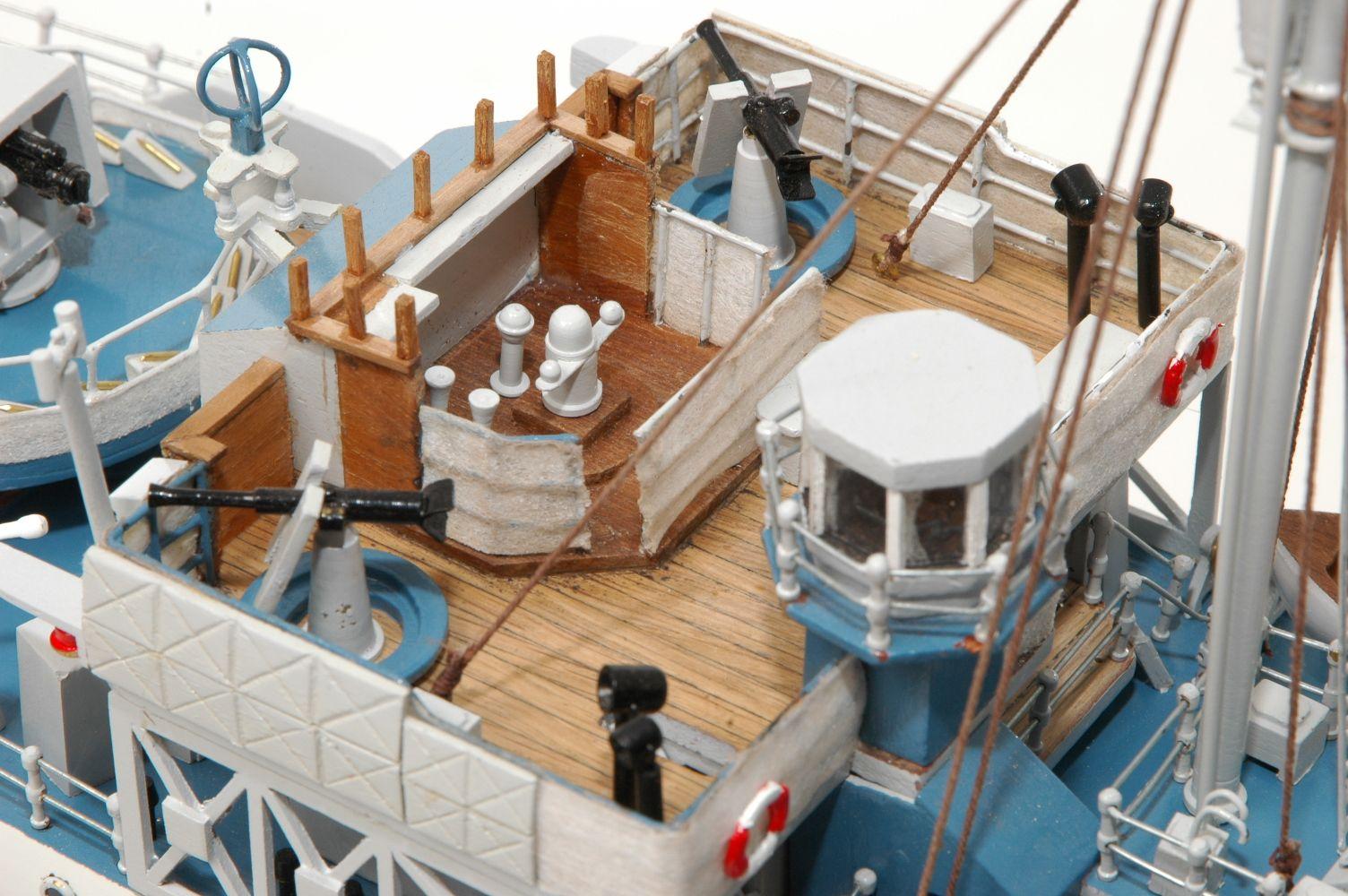 473-8723-Montbretia-Model-War-Ship