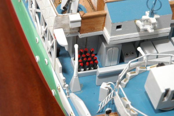 473-8726-Montbretia-Model-War-Ship