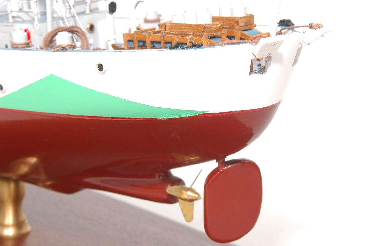 473-8729-Montbretia-Model-War-Ship