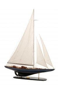 581-8400-Velsheda-Model-Yacht-Superior-Range