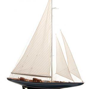 581-8400-Velsheda-Model-Yacht-Superior-Range