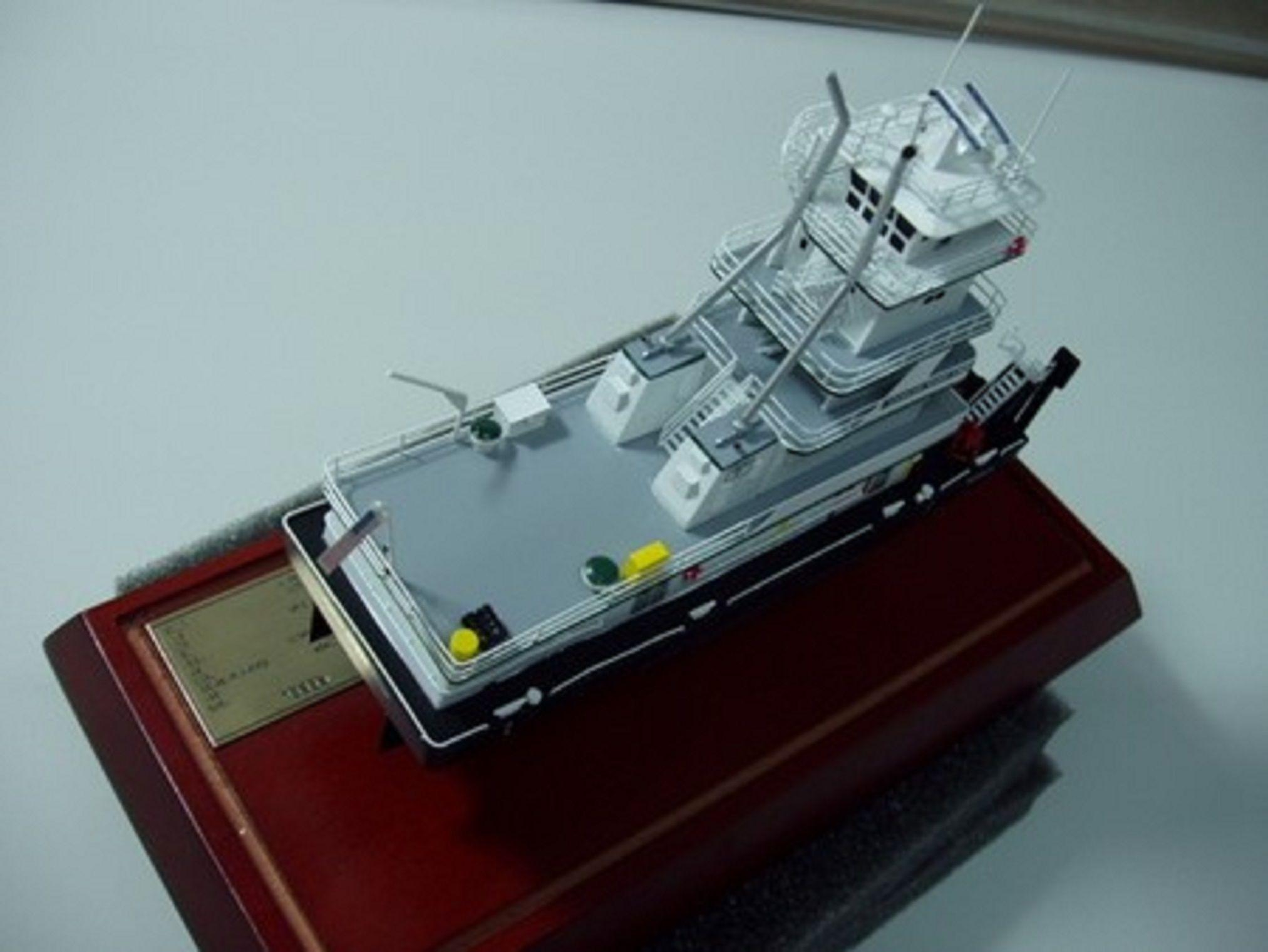 646-7093-Tidewater-Tugboats