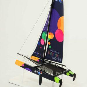 664-6289-Extreme-40-Model-yacht