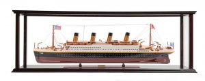 RMS Titanic Midsize with Display Case