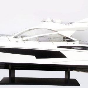 Sunseeker 68 Model Yacht – GN (CM0082P)